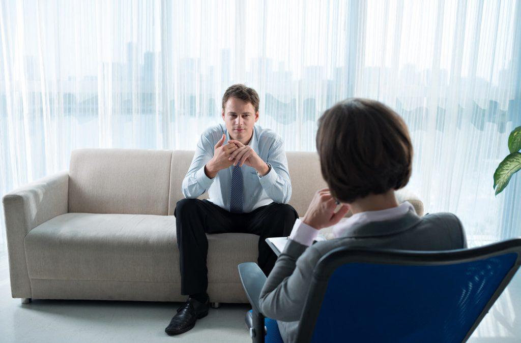 ¿Cómo la psicología laboral puede mejorar el desempeño de la empresa?